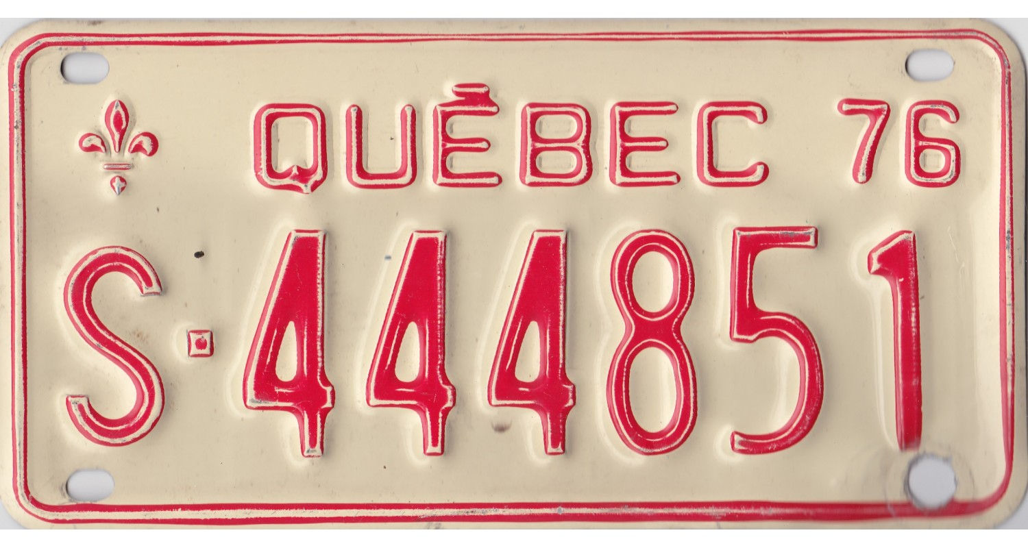 Quebec 1976 snow mobile